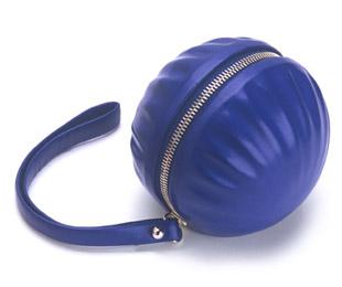 Tatakit.m minaudière enjouée bleu electrique